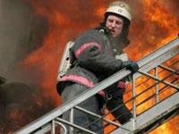 В жилом доме на севере Москвы вспыхнул пожар