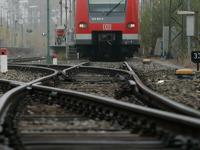 Поезд столкнулся с машиной, погибли мать с ребенком. 241138.jpeg