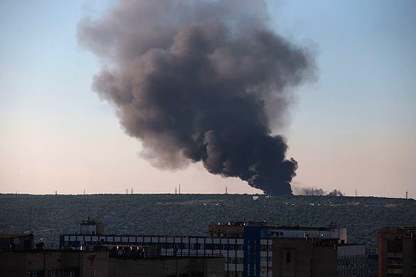 """ВСУ нанесли мощные удары """"Градом"""" по Луганску. Есть пострадавшие. луганск взрыв обстрел"""