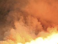 Из-за удара молнии сгорел мебельныйсклад в Москве. 260141.jpeg