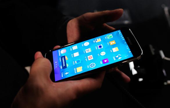 Банк России создаст приложение для смартфонов