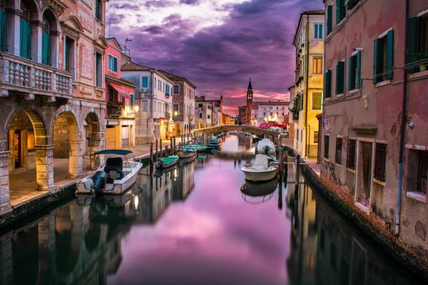 Вода в каналах Венеции очистилась после введения карантина. Венеция