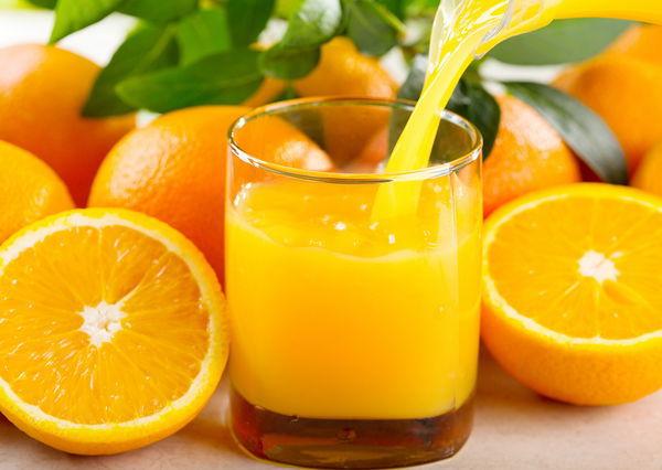 Два стакана апельсинового сока в день вдвое снижают риск переломов. Два стакана апельсинового сока в день вдвое снижают риск перелом