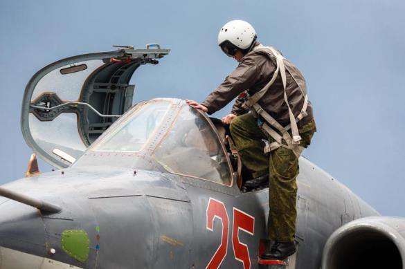 В Приморье пилотам штурмовиков Су-25 пришлось приземляться на