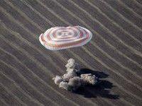 """""""Союз"""" вернул на Землю троих космонавтов. 270148.jpeg"""