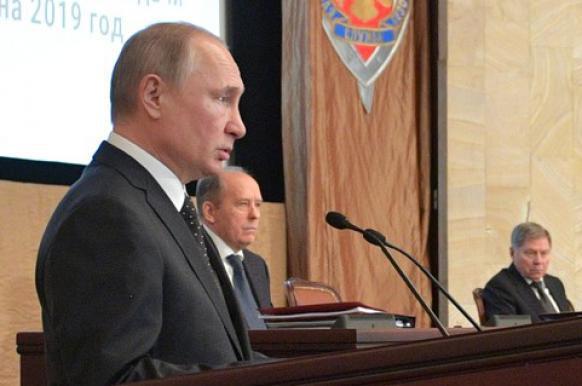 Путин сообщил о разоблачении почти 600 сотрудников иностранных спецслужб в 2018 году.