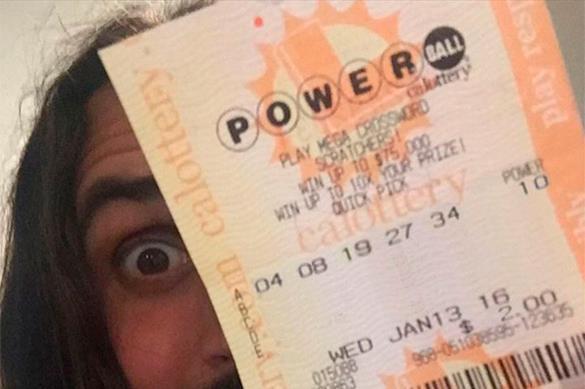 Житель Калифорнии выиграл в лотерею .59 млрд