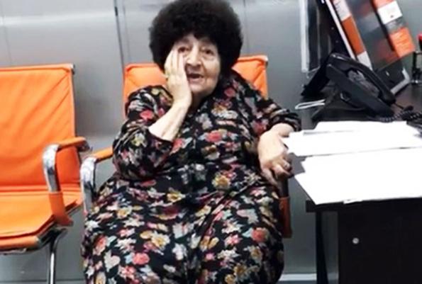 Галустян нашел настоящую бабушку Сирануш. Галустян нашел настоящую бабушку Сирануш