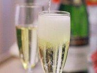 Европейцы пьют меньше шампанского из-за кризиса. 278153.jpeg
