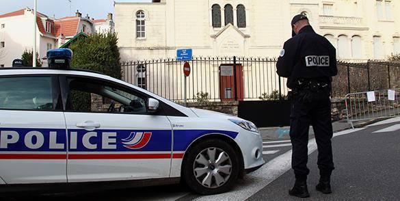 Захвативший заложников на парижской почте сдался полиции, не причинив вреда людям. 309154.jpeg