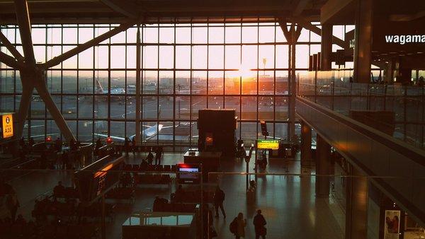 Самые уродливые аэропорты мира. Самые уродливые аэропорты мира.