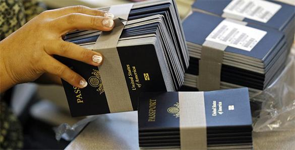 Отказ от американских паспортов станет главным козырем на выборах президента США - политолог. американский паспорт