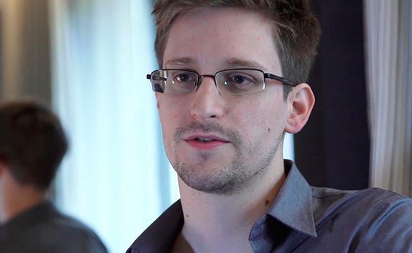 Сноуден похвалил газеты, в которые