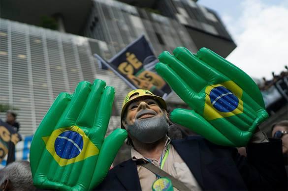 Бразилия тоскует по военной диктатуре