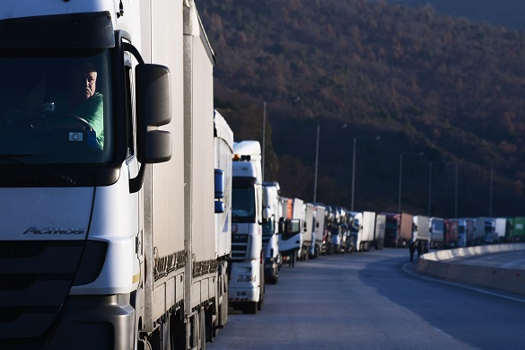 Россия и Польша прервут грузовое сообщение
