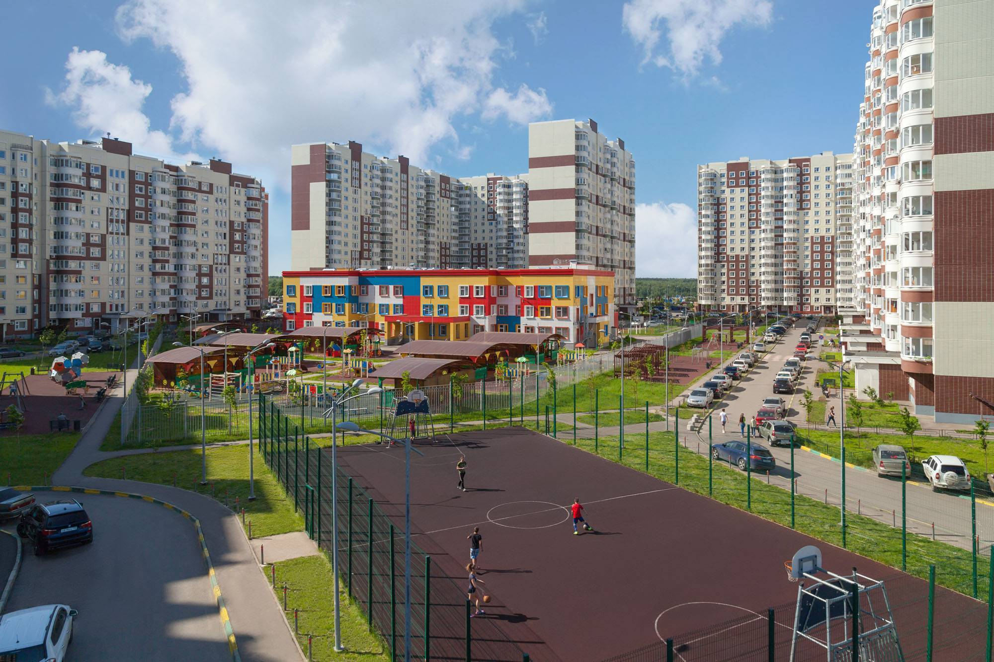 Количество сделок содольщиков в Новой Москве за год выросло на 89%. 384157.jpeg