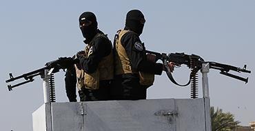 Иракский командующий: США снабжают террористов продовольствием и оружием. Боевики ИГИЛ в джипе с пулеметами