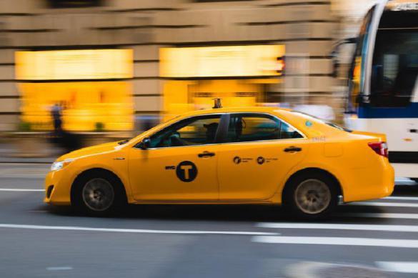 Таксистов заподозрили в новогоднем ценовом сговоре. Таксистов заподозрили в новогоднем ценовом сговоре