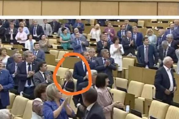 Поклонская единственная из депутатов отказалась приветствовать конгрессменов США стоя. 389158.jpeg