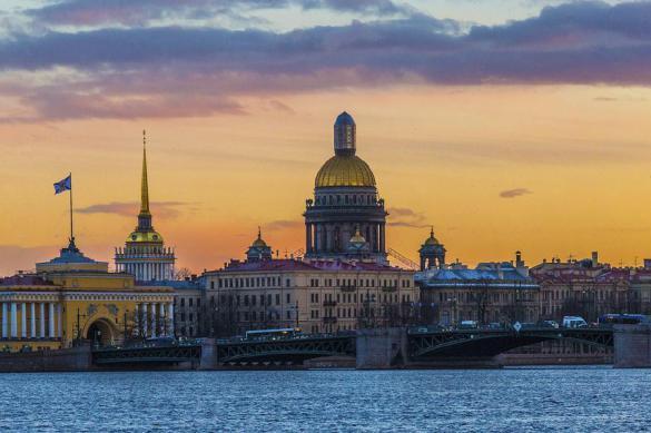 Петербург впервый раз опередил столицуРФ пообъему вложений денег внедвижимость