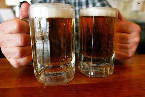 Украинцы заливаются российским пивом несмотря на запреты