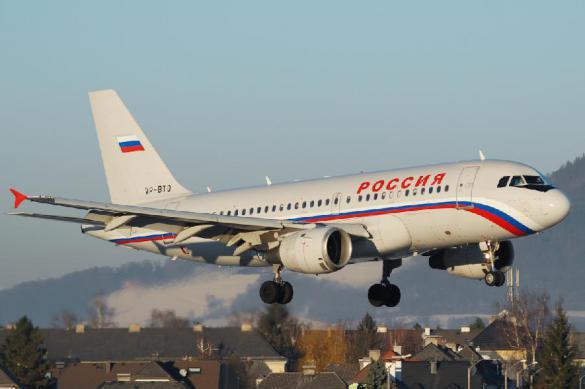 """Самолет """"России"""" отдавил ногу сотруднику британского аэропорта. 385161.jpeg"""