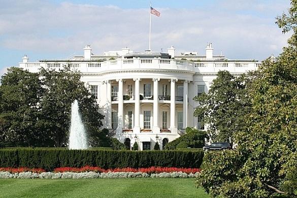 У Белого дома задержали мужчину с оружием. Белый дом вновь подвергся опасности