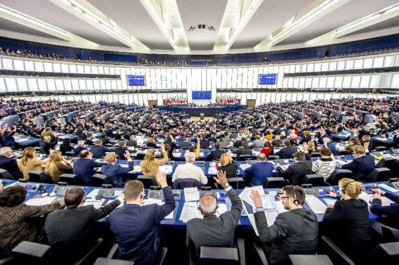 Большая разборка: кто кого домогался в Европарламенте. 378162.jpeg