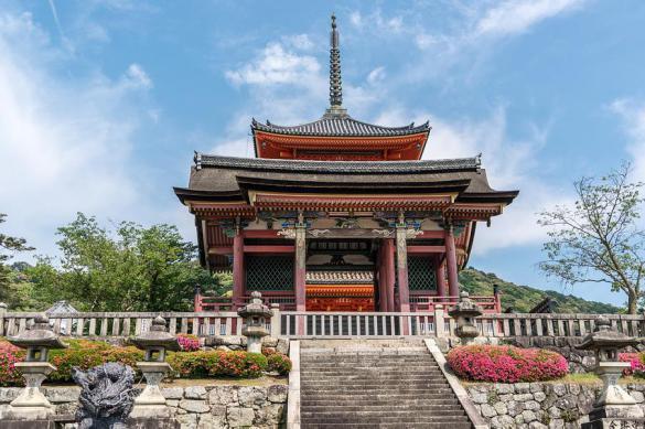 Япония будет выпускать туристов только за плату. Япония будет выпускать туристов только за плату