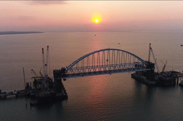 Продление «стройки века»: 2-ая арка Керченского моста начала движение
