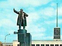 В Санкт-Петербурге реставрируют взорванный памятник Ленину