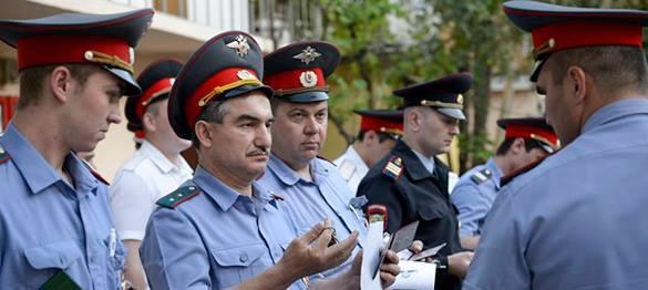 Полицейским приказали выучить язык глухонемых. полицейские