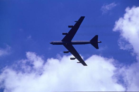 Российский пилот истребителя смог рассмотреть, чем вооружен бомбардировщик B-52. 401168.jpeg