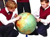 Российские школьники не любят США, но хотят там жить