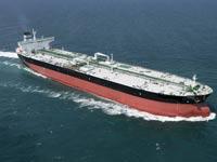 В Охотском море сел на мель танкер с дизтопливом