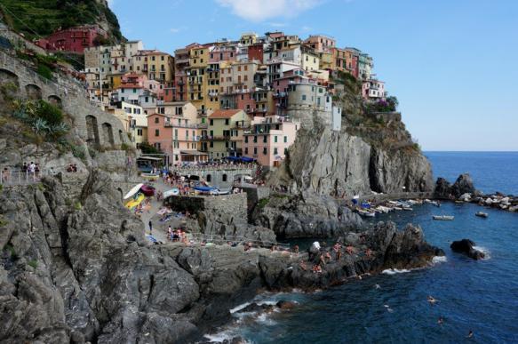 Туристов начали штрафовать за шлепанцы в Италии. 400173.jpeg