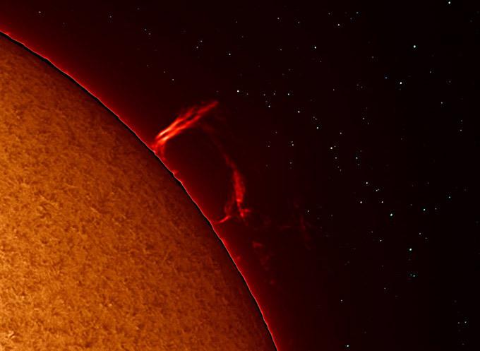 Гигантское пятно на Солнце угрожает Земле. 302174.jpeg