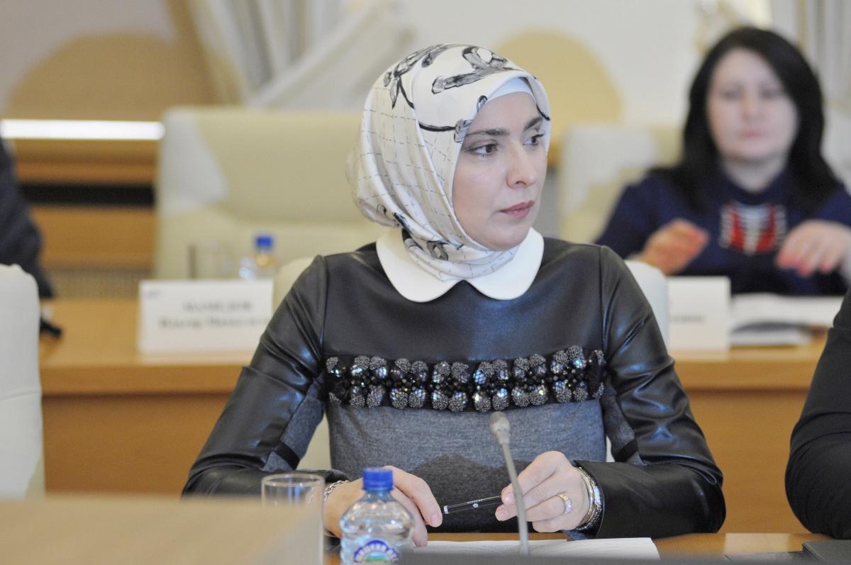 Жена муфтия Дагестана поборется за пост президента России. Жена муфтия Дагестана поборется за пост президента России