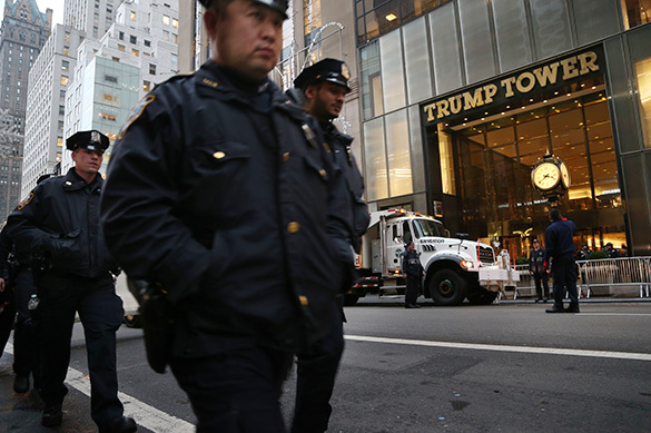 Полиция взяла под особую охрану небоскреб Трампа на Манхэттене