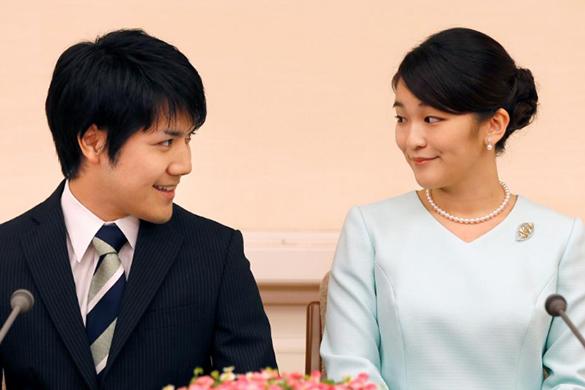 В Японии официально объявили о помолвке принцессы Мако с простолюдином. В Японии официально объявили о помолвке принцессы Мако с простол