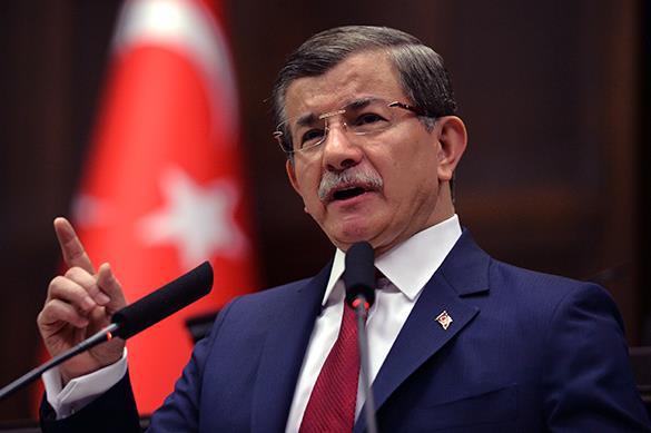 Давутоглу мешает установлению в Турции султаната Эрдогана - мнен