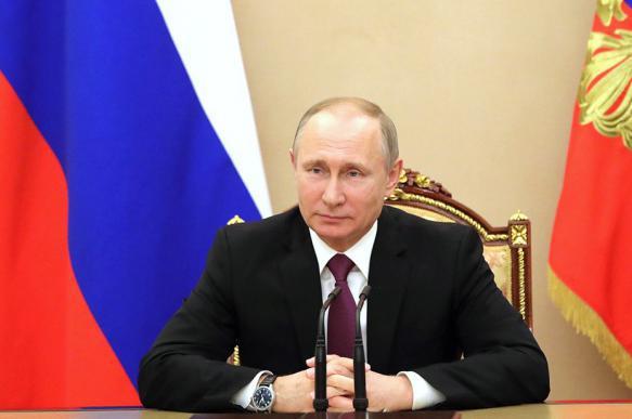 Bloomberg: Кремль рассматривает возможности оставить Путина у власти после 2024 года. 401179.jpeg