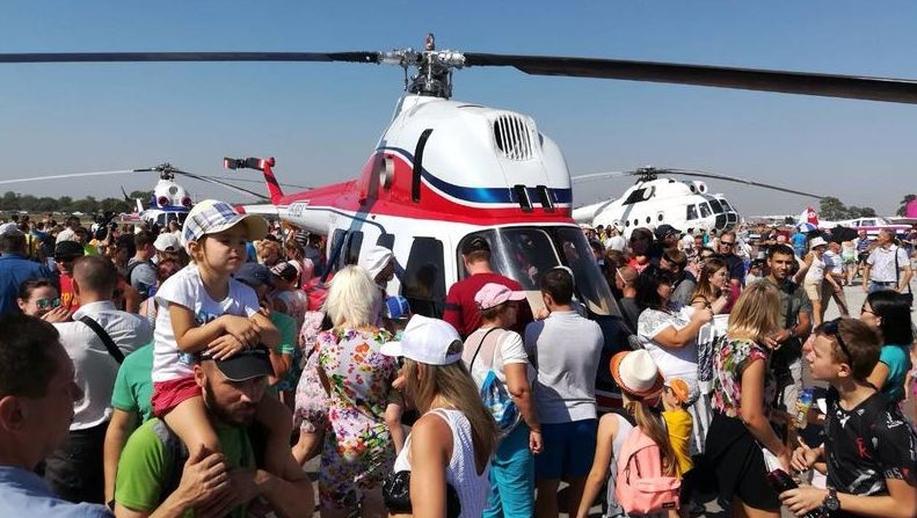 """Украина представила вертолет отечественного производства """"Надежда"""". Украина представила вертолет отечественного производства Надежд"""