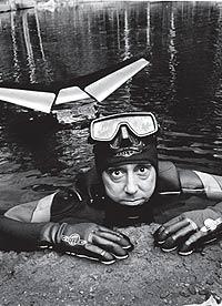 Изобретатель переплывет Атлантику на педальной подлодке