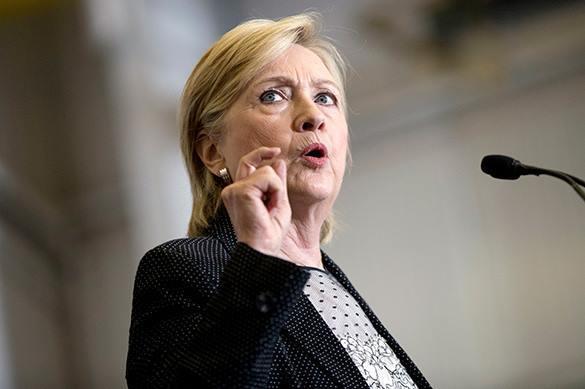 Россию заподозрили в отравлении Хиллари Клинтон