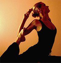 Утренние упражнения можете с успехом заменить растяжкой прямо