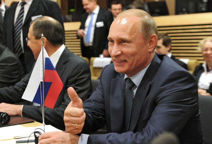 Эксперт: Запад надеется, что если будет троллить Путина, то у не