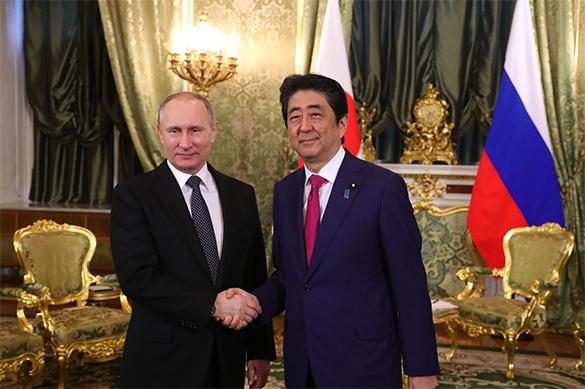 Путин и Абэ обсудили ядерное испытание КНДР. Путин и Абэ обсудили ядерное испытание КНДР