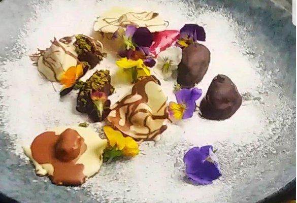 Топ-5 десертов-фриков. Мидии в шоколаде_585