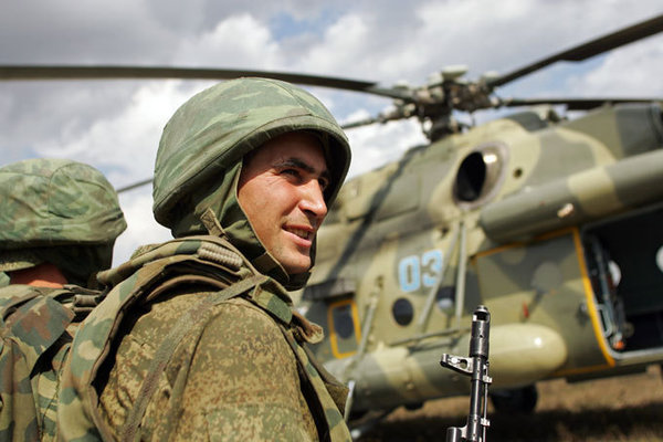 Москвичам продемонстрировали новую коллекцию одежды в стиле российских военных. российские военные